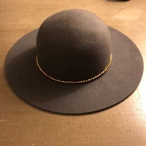 Accessories - Gray Wool Hat